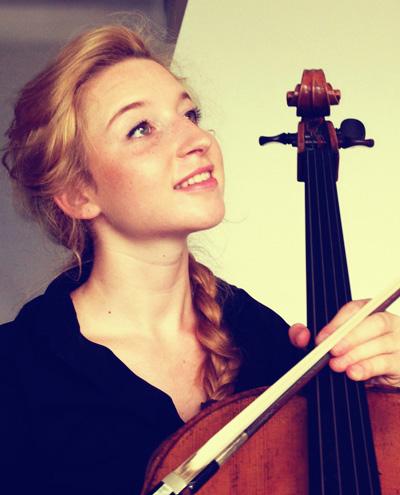 Alessandra Doninelli,  violoncello