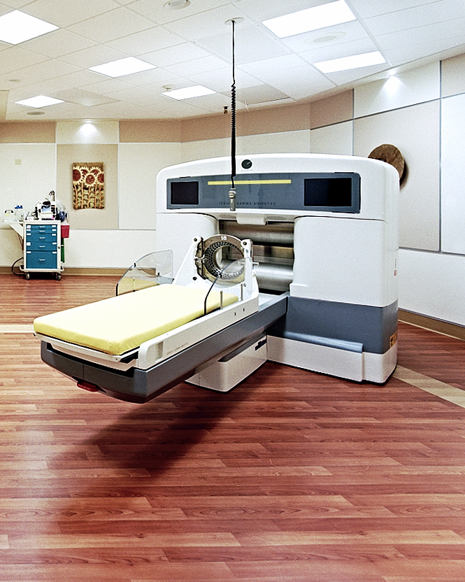 Gamma  Knife  &  Synergy S  Accelerator  Suite