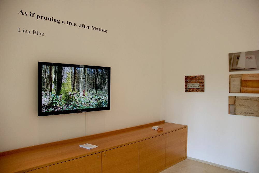 As if pruning a tree, after Matisse / Lisa Blas  Video and photographs Musée Matisse, Cateau-Cambrésis, France Installation view, dimensions variable, 2011