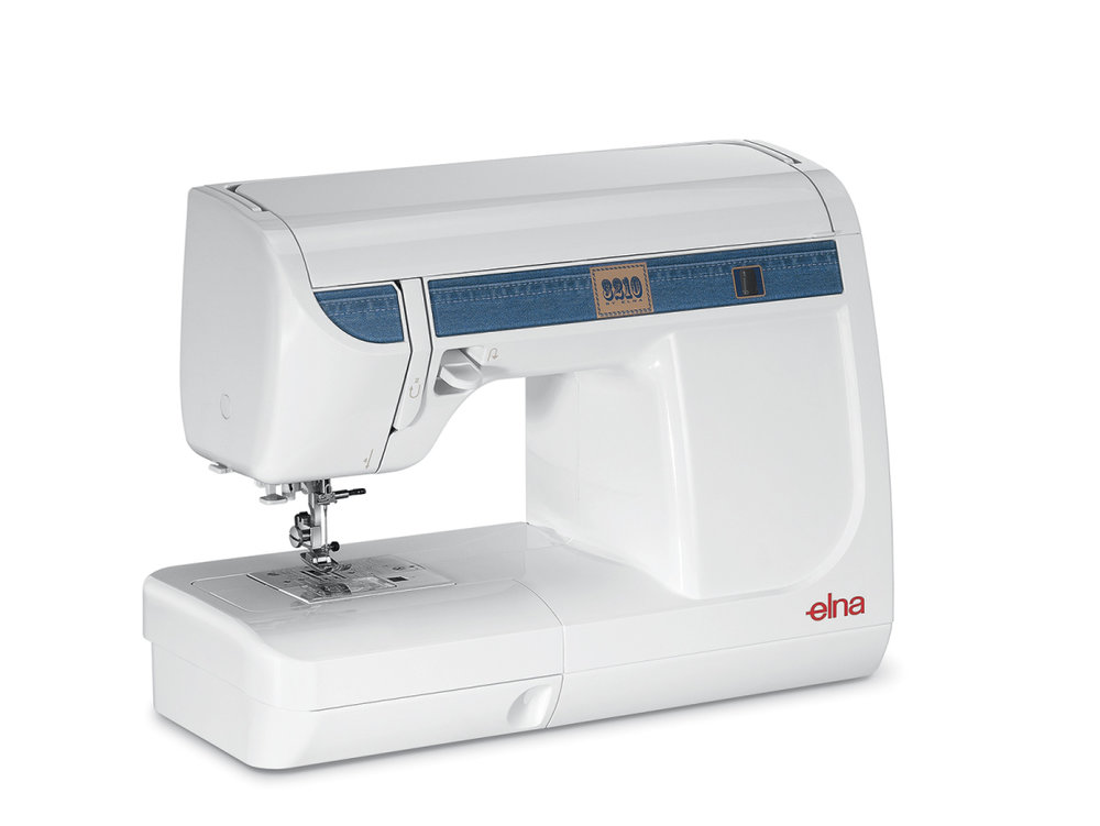 Elna 3210 * 32 built-in stitches * built-in needle threader * reverse lever * carry handle * free arm * snap on feet