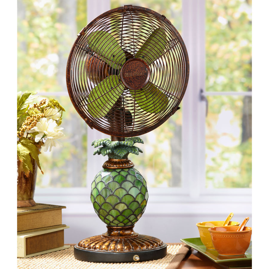 pineapple table fan/light