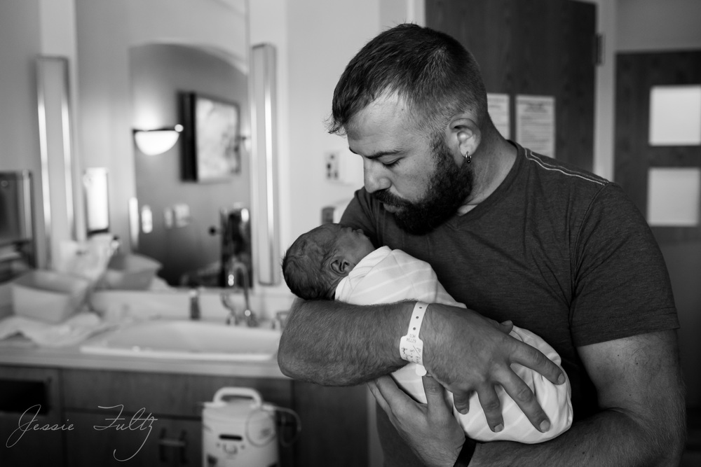 asheville-hospital-newborn-photographer