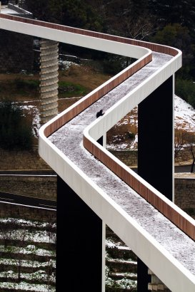 architizer :      Pedestrian Bridge - Ribeira de Carpinteira  by JLCG Arquitectos