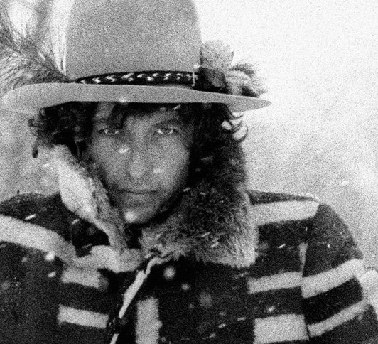 vanityfair :      Happy Birthday, Bob Dylan! May you stay forever young.      Photograph by Ken Regan