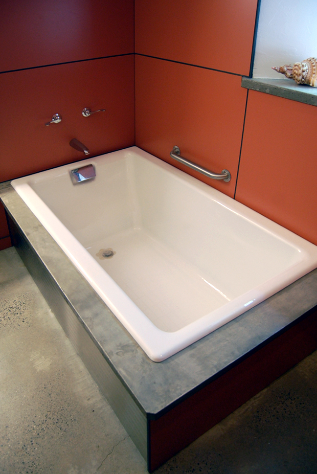 Lonchay bathroom 4.jpg