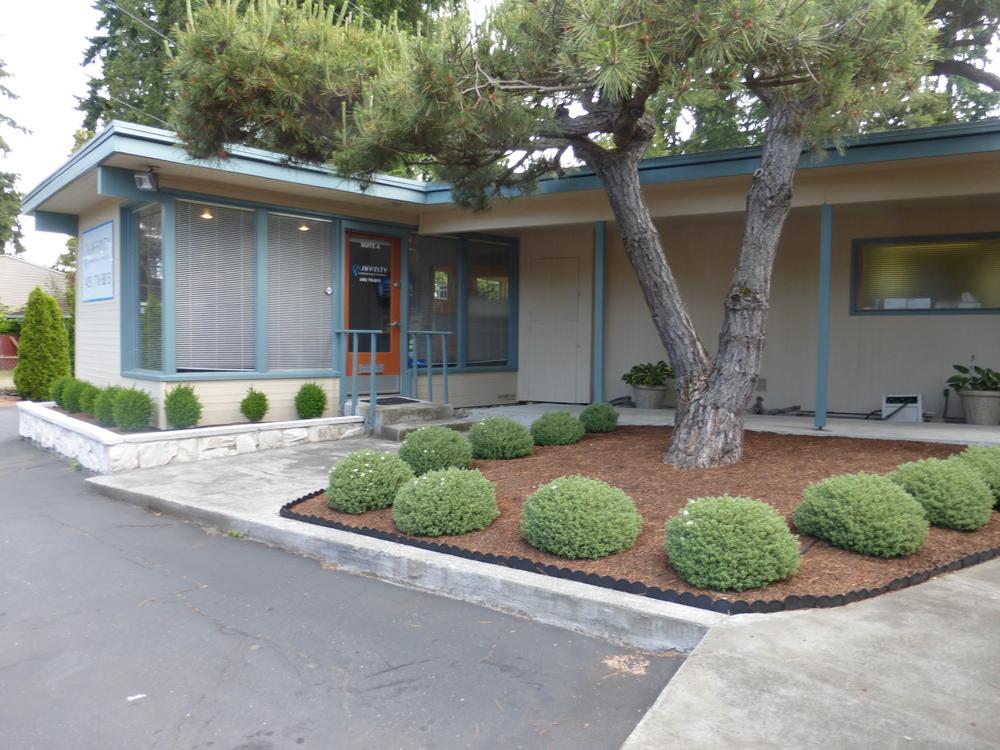 651 Edmonds WayClinic 050.JPG
