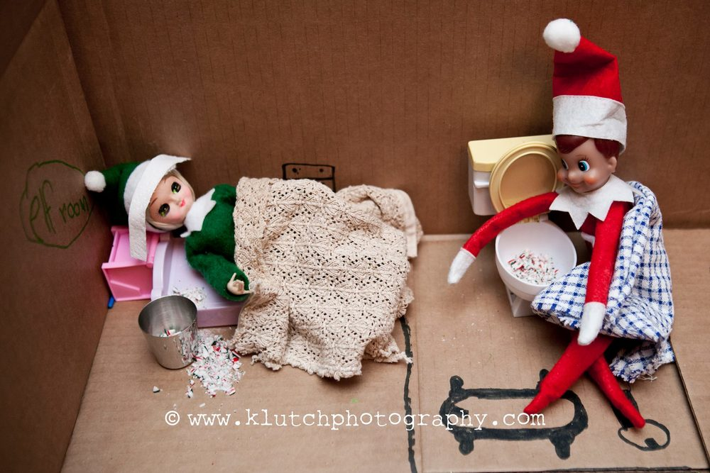 Klutch Photography, family photographer, elf on the shelf, vancouver family photographer, whiterock family photographer, lifeunscripted photographer, lifestlye photographer ee.jpg