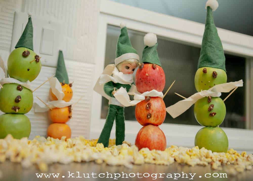 Klutch Photography, family photographer, elf on the shelf, vancouver family photographer, whiterock family photographer, lifeunscripted photographer, lifestlye photographer ooo.jpg