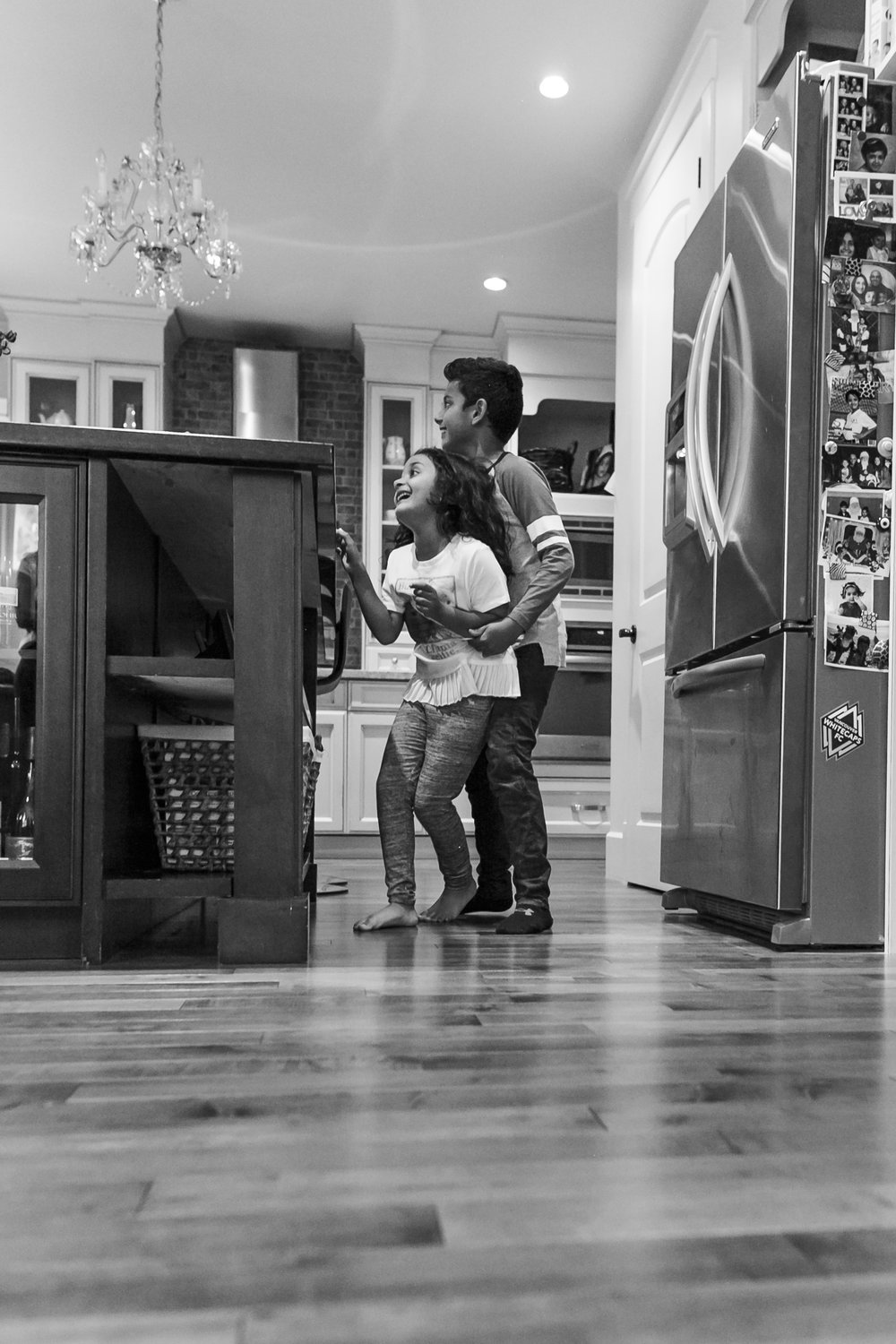 Surrey Family photographer. Vancouver family photographer, klutch Photography, documentary photography, candid photography, siblings fighting