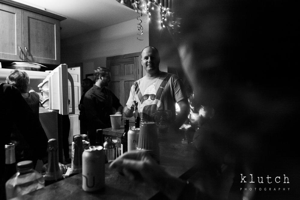 Surrey Family Photographer. Vancouver family photographer, klutch Photography, documentary photography, Vancouver documentary photographer, candid photography, lifestyle photographer, a day in the life session, family photography, Vancouver Photographer, Surrey Family Photographer, White Rock family Photographer, Dina Ferreira Stoddard, man with odd shirt-0490.jpg