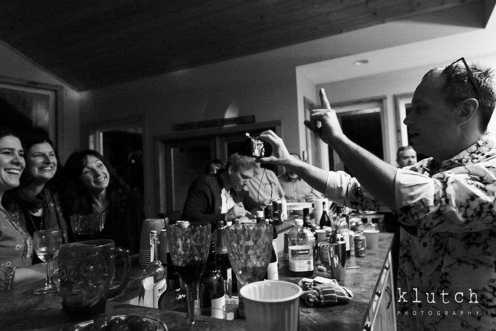 Surrey Family Photographer. Vancouver family photographer, klutch Photography, documentary photography, Vancouver documentary photographer, candid photography, lifestyle photographer, a day in the life session, family photography, Vancouver Photographer, Surrey Family Photographer, White Rock family Photographer, Dina Ferreira Stoddard, ladies posing for man with camera-0482.jpg