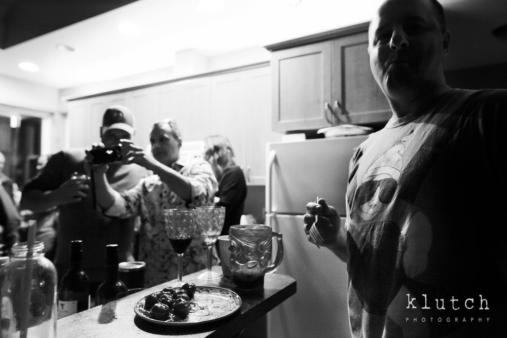 Surrey Family Photographer. Vancouver family photographer, klutch Photography, documentary photography, Vancouver documentary photographer, candid photography, lifestyle photographer, a day in the life session, family photography, Vancouver Photographer, Surrey Family Photographer, White Rock family Photographer, Dina Ferreira Stoddard, man eating  meatballs-0471.jpg