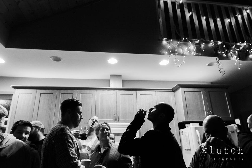 Surrey Family Photographer. Vancouver family photographer, klutch Photography, documentary photography, Vancouver documentary photographer, candid photography, lifestyle photographer, a day in the life session, family photography, Vancouver Photographer, Surrey Family Photographer, White Rock family Photographer, Dina Ferreira Stoddard, man doing a shot-0698.jpg