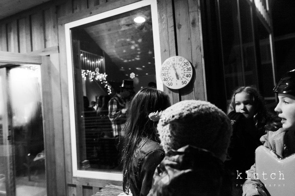 Surrey Family Photographer. Vancouver family photographer, klutch Photography, documentary photography, Vancouver documentary photographer, candid photography, lifestyle photographer, a day in the life session, family photography, Vancouver Photographer, Surrey Family Photographer, White Rock family Photographer, Dina Ferreira Stoddard, kids outside sledding-0639.jpg