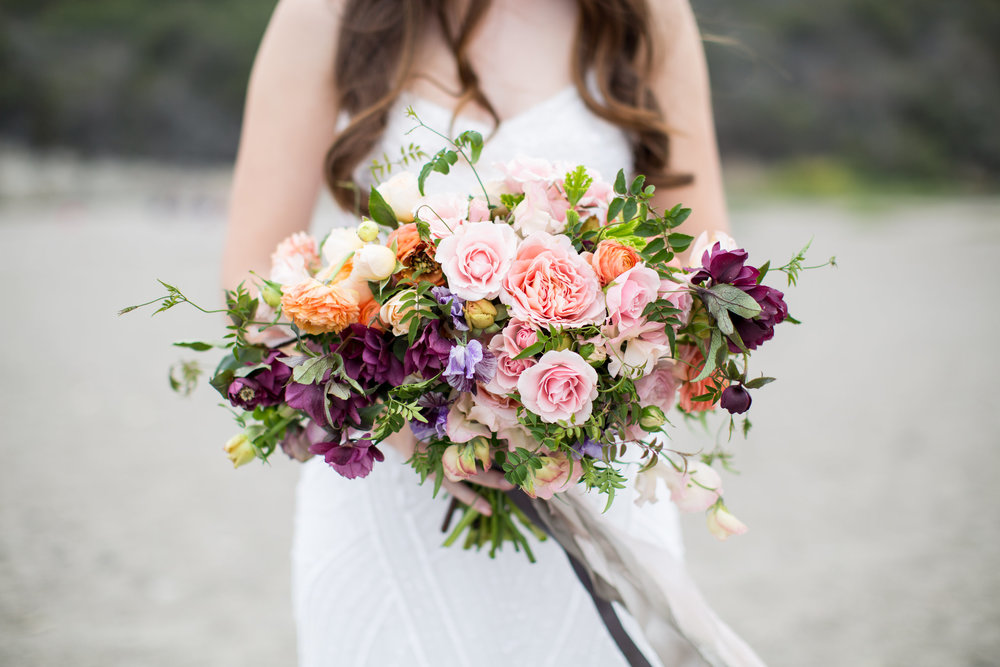 Image by Cate Beth  / Florals by Wilder Floral Co. ©