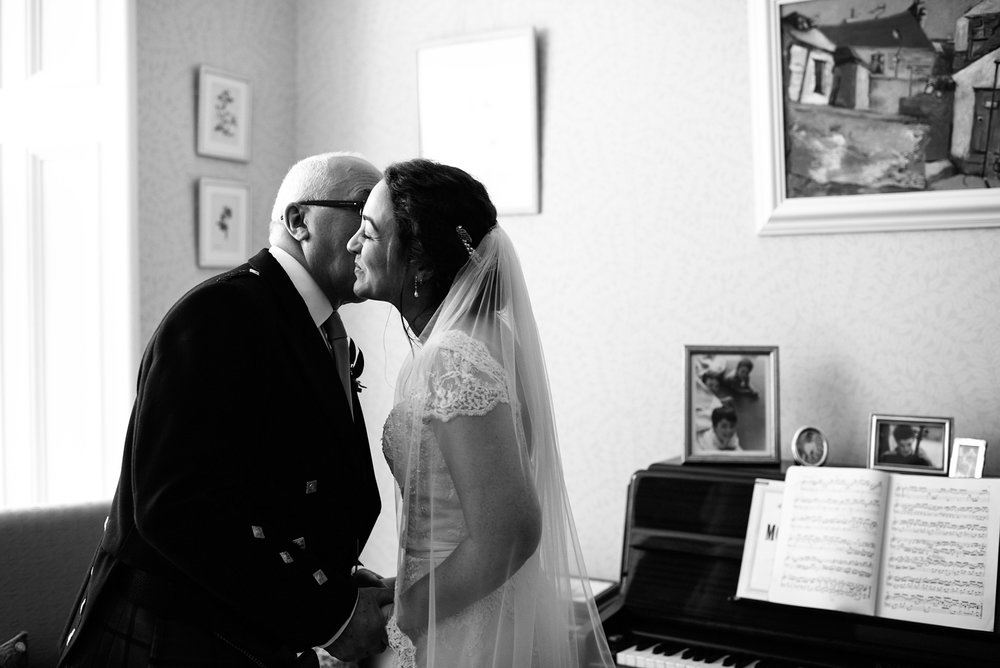 Alternative_wedding_photographer_scotland_nikki_leadbetter-735.jpg