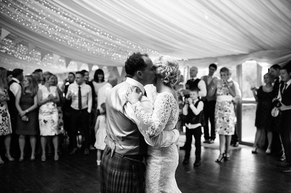 Alternative_wedding_photographer_scotland_nikki_leadbetter-774.jpg
