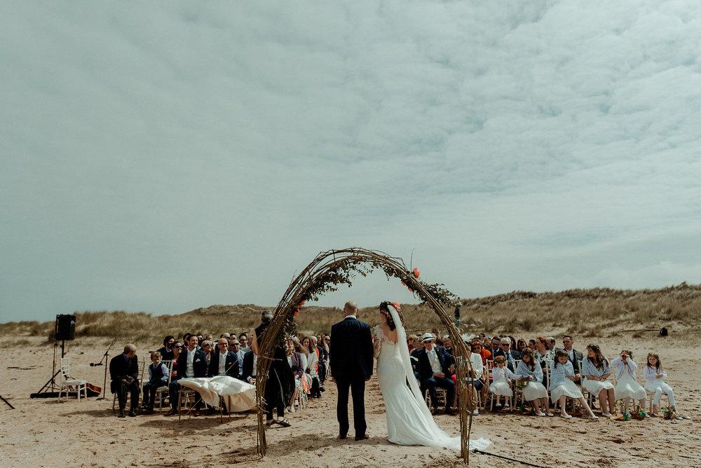 harvest-moon-beach-outdoor-wedding-ceremony-photography-nikki-leadbetter.jpg