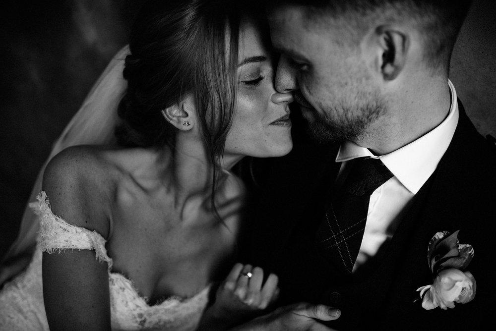 Dalduff_Farm_Wedding_Phil+Lauren_Nikki_Leadbetter_Photography -703.jpg