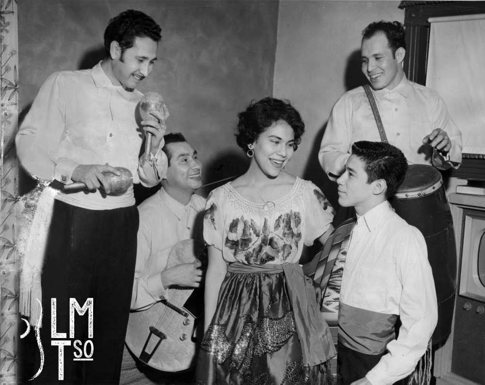 1950s Arturo Huerta, Frank 'chico' Gomez, Rita Barrientos, Joey Barrientos (kid on knee), Tony Martinez