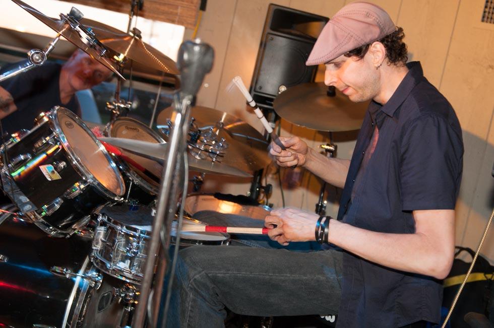 zum-schneider-montauk-2012-music-festival-6190.jpg