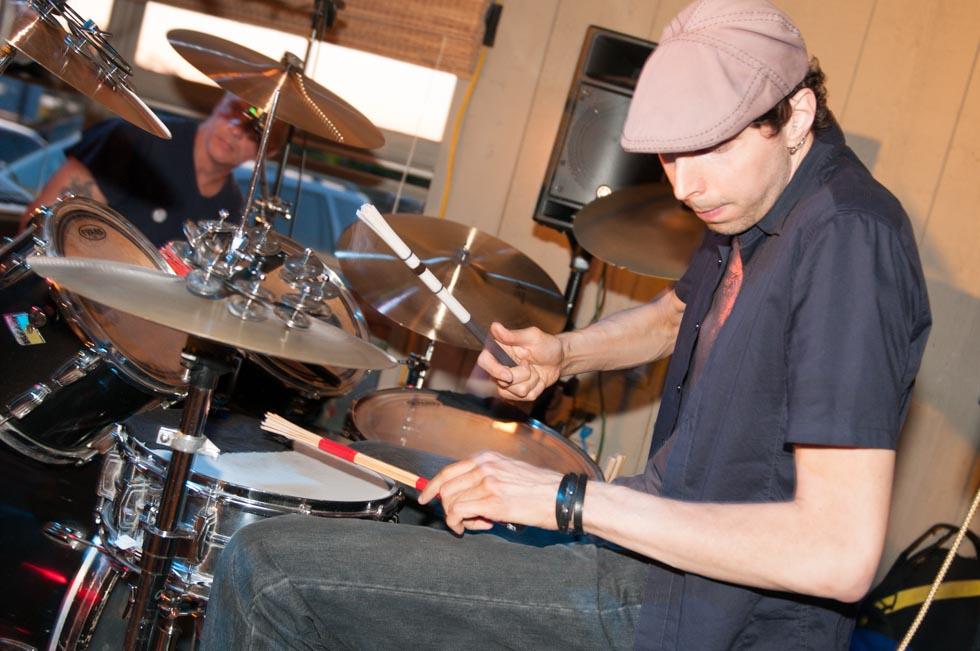 zum-schneider-montauk-2012-music-festival-6191.jpg