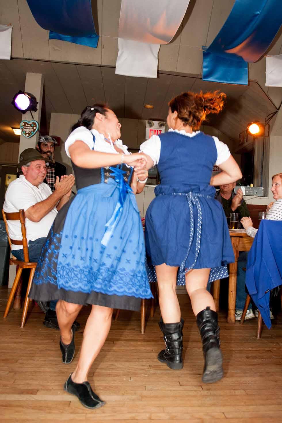 zum-schneider-montauk-2013-oktoberfest-8182.jpg