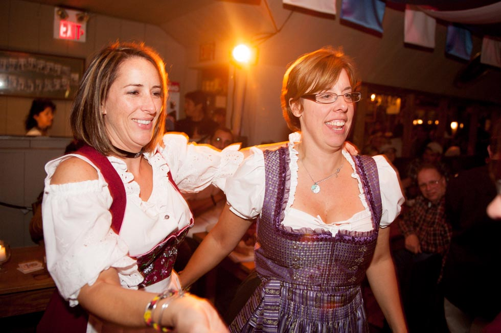 zum-schneider-montauk-2013-oktoberfest-8271.jpg