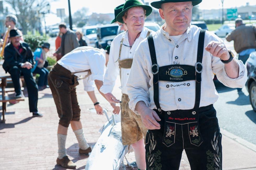 zum-schneider-montauk-2013-maifest-grand-opening-0577.jpg