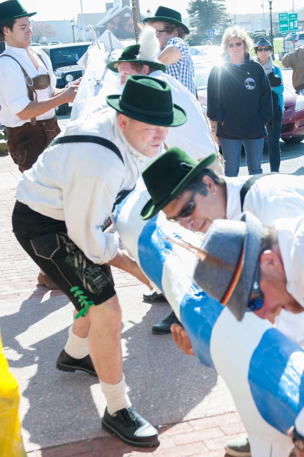 zum-schneider-montauk-2013-maifest-grand-opening-0579.jpg