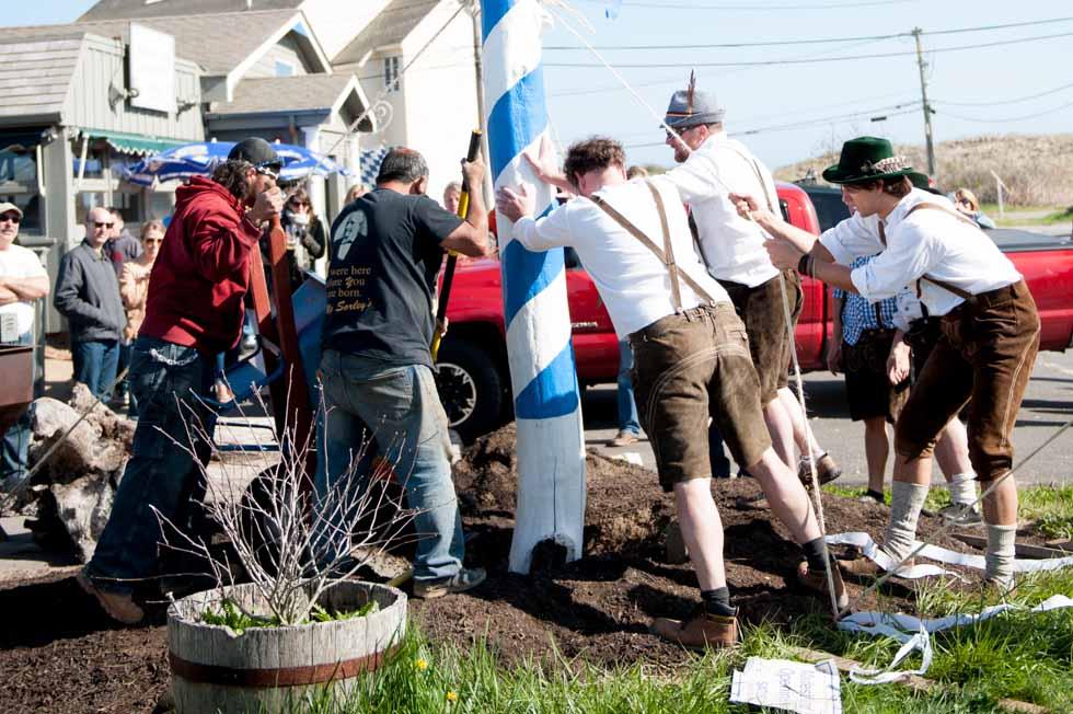 zum-schneider-montauk-2013-maifest-grand-opening-1007.jpg