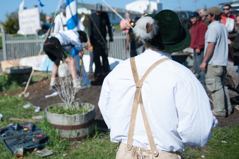 zum-schneider-montauk-2013-maifest-grand-opening-1028.jpg