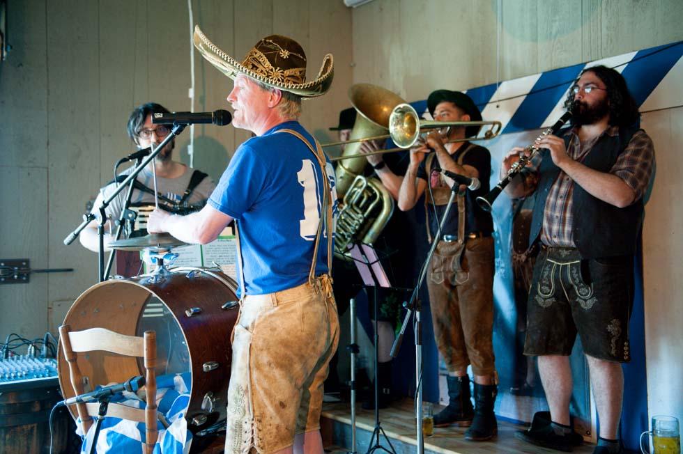 zum-schneider-montauk-2014-maifest-grand-opening-5983.jpg