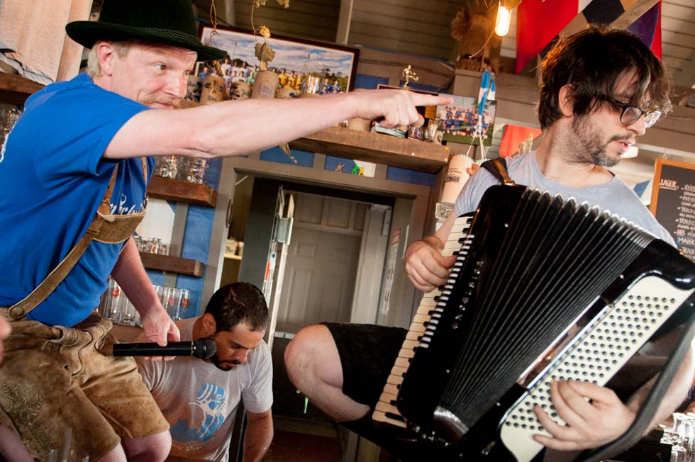 zum-schneider-montauk-2014-maifest-grand-opening-6098.jpg