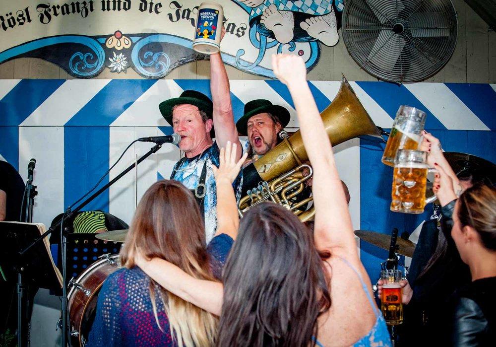 zum-schneider-montauk-2016-oktoberfest-4602.jpg