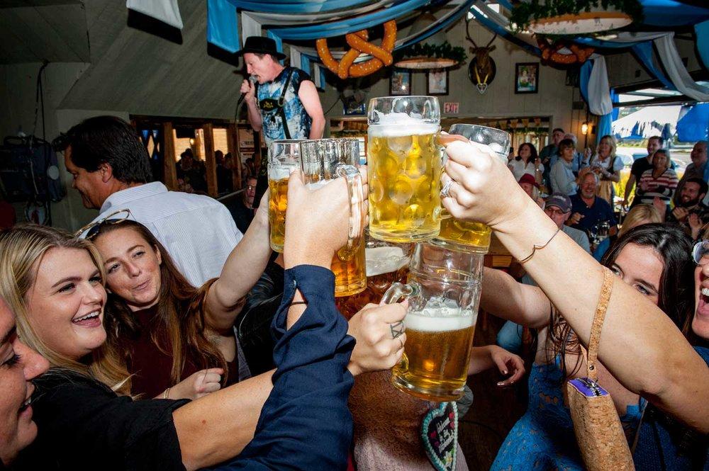 zum-schneider-montauk-2016-oktoberfest-4610.jpg