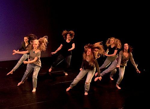 Claire (2nd from right) performing in e.g.dance performance in May 2016. Photo by Ebbe Sweet Photography.