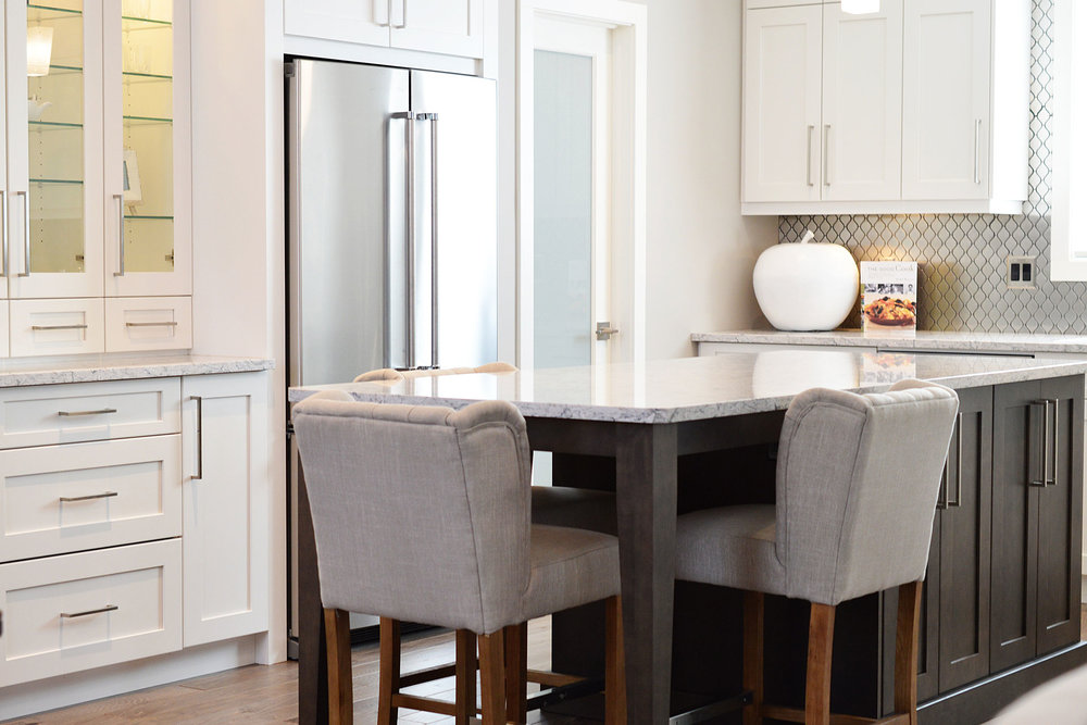 Kitchen & Bath Design - For homeowners & commercial clientsIs your kitchen or bath in need of minor updates, complete redesign, or something in between? We are here every step of the way from the initial design consult to installation.