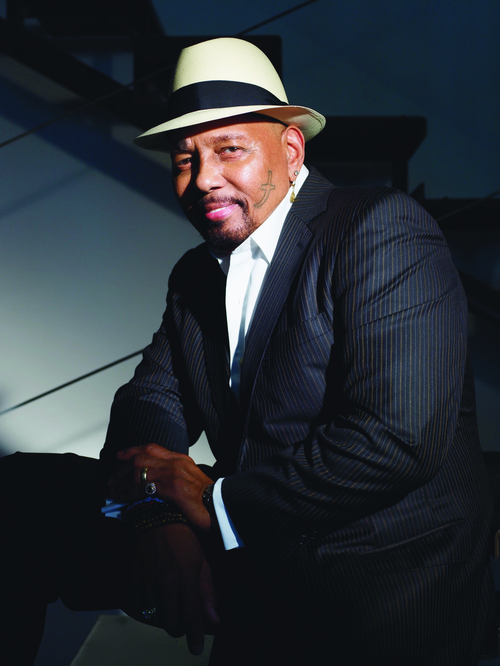 aaron_neville_photo_1.jpg
