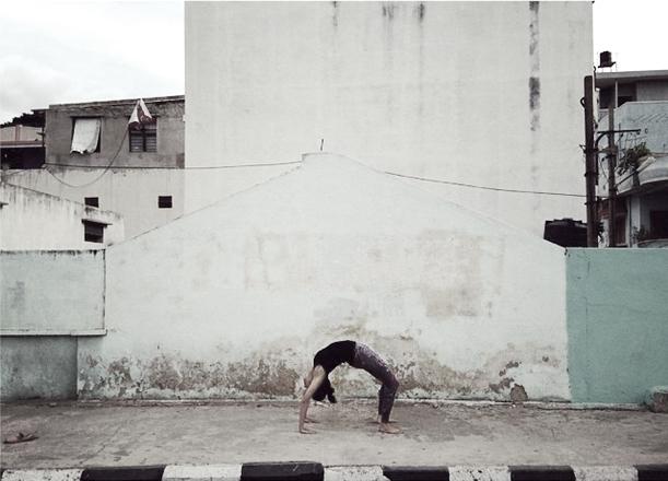 azulie yogic life Urdhva Dhanurasana.