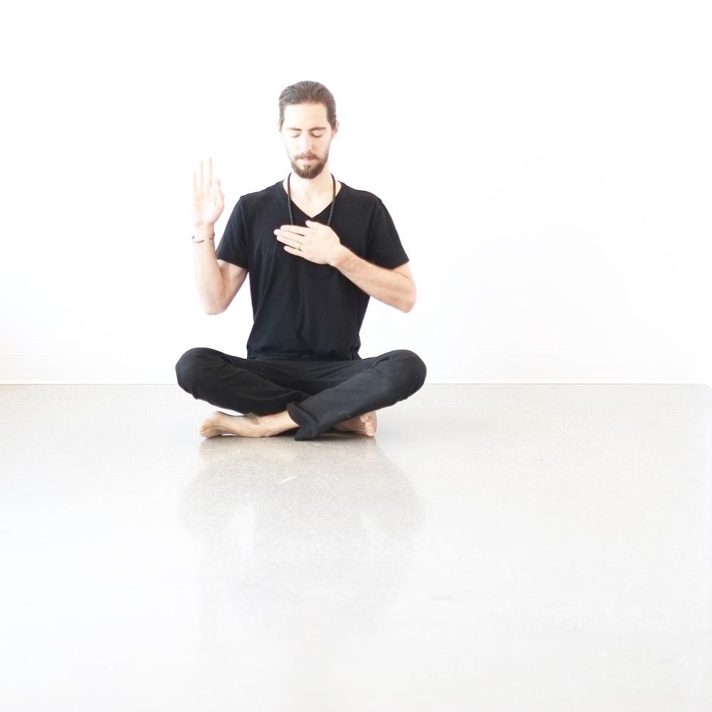 Azulie | Meditation 28