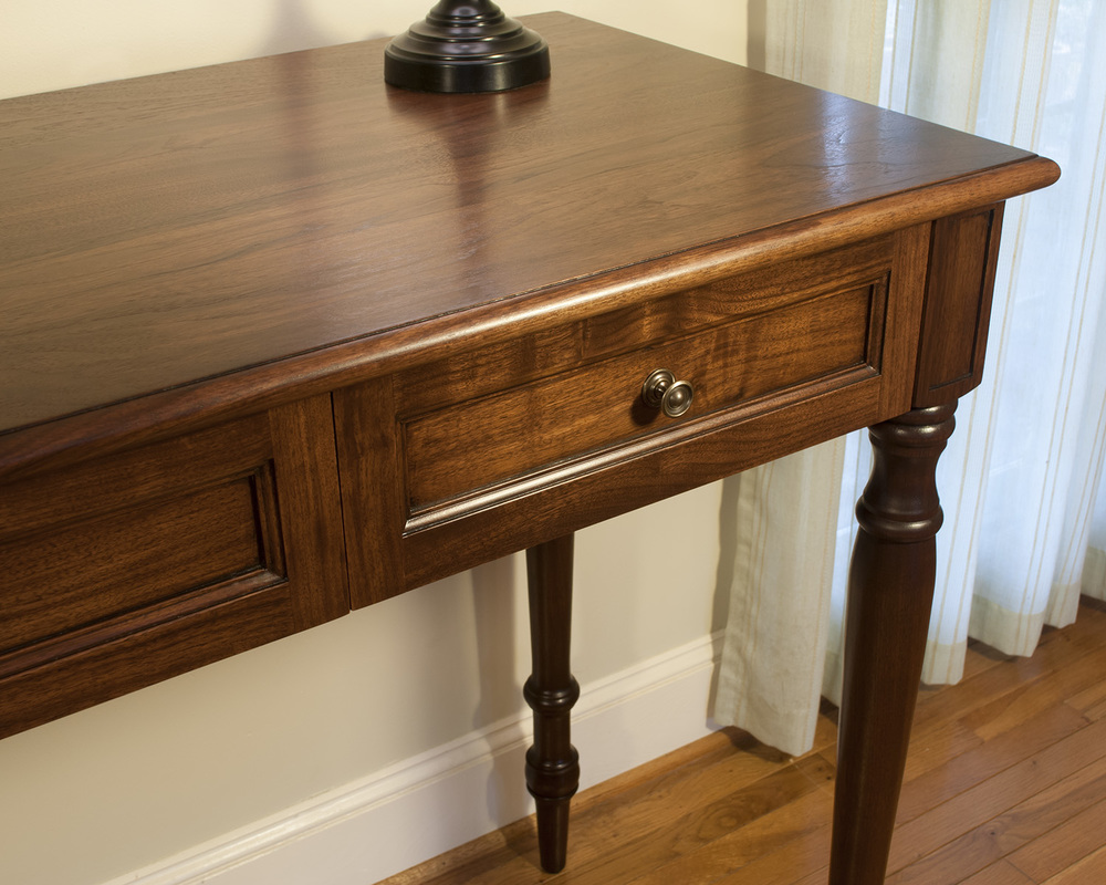 Tradional-Stand-Up-Desk-Drawer-Detail.jpg