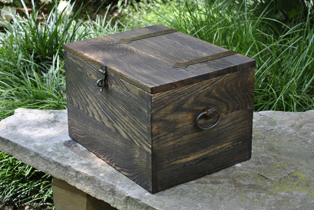custom-oak-dark-chest.jpg