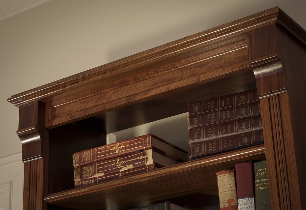 Traditional-Walnut-Bookcases-moulding-detail.jpg