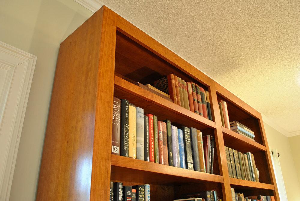 Mid-century-modern-bookcase-detail.jpg