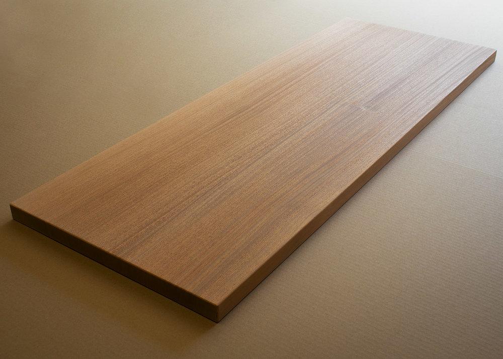 Solid-Mahogany-tabletop-w.jpg