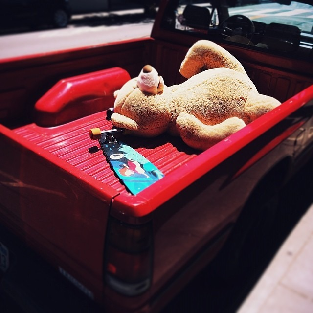 after the terrible #skateboard accident, all they could do was take Ted home and make him as comfortable as possible. #vscocam H2 #teddybear #pickup (at Town of San Anselmo, CA)