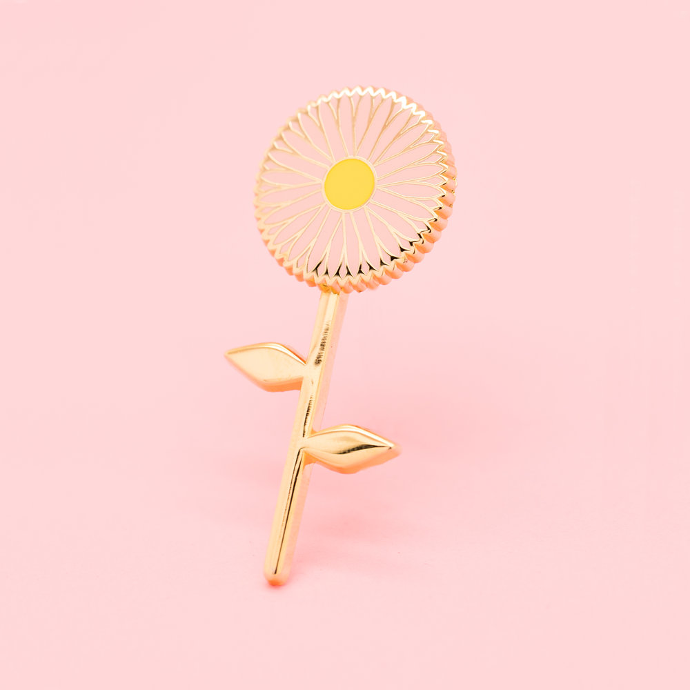 """SPINNING FLOWER (GEO-NOV18)  2"""" Hard Enamel Lapel Pin High Polished Gold Plating Pink Heart-Shaped Rubber Caps $12 Retail / $6 Wholesale"""