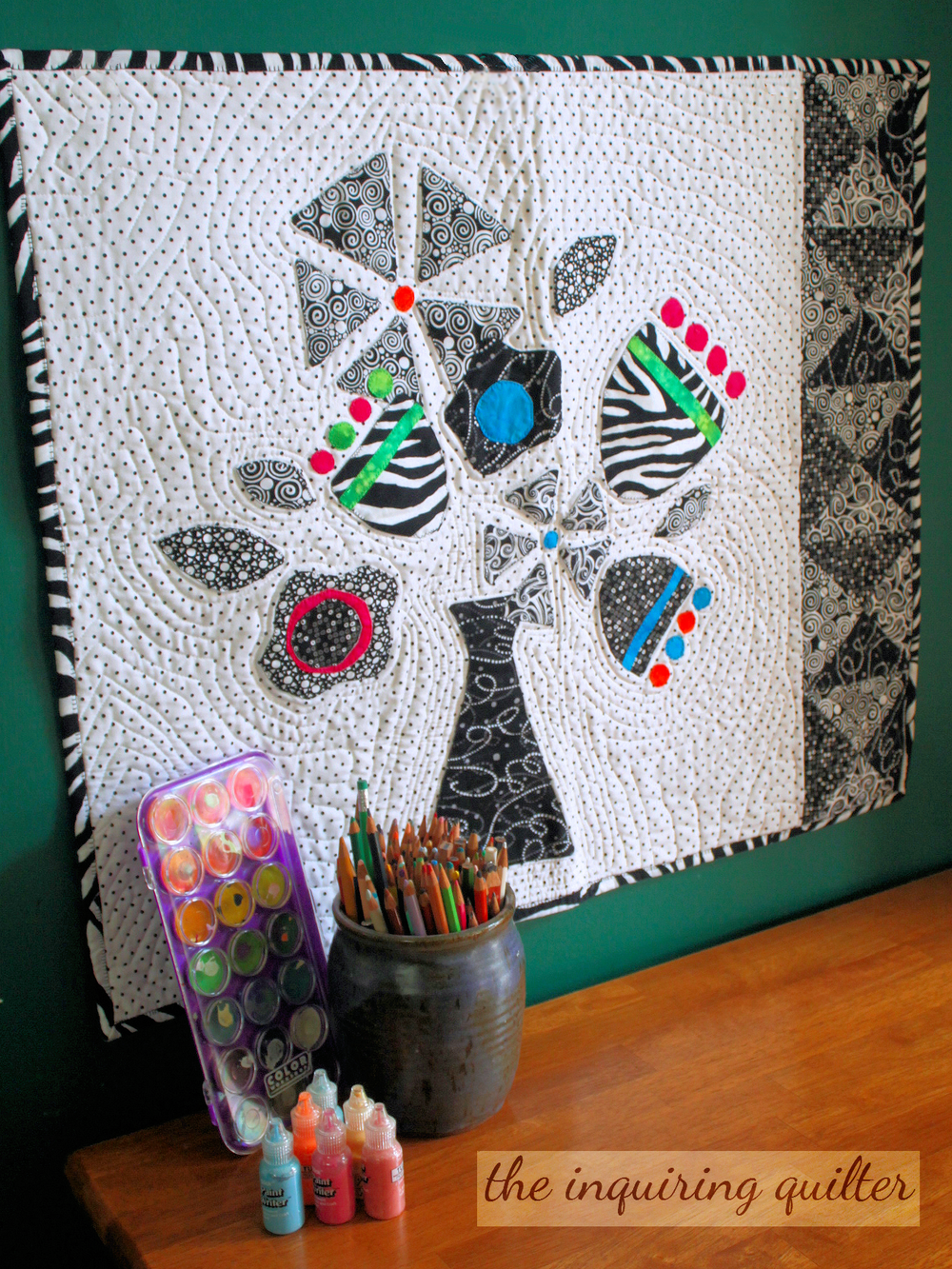 Funky Flowers (c) 2014-2015 Jennifer Fulton, The Inquiring Quilter