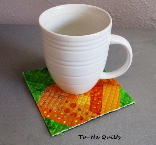 Karen mini pumpkin mug rug.jpg